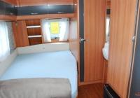 Wohnwagen (Französisches Bett)
